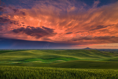 Summer Thunderston over Steptoe Butte