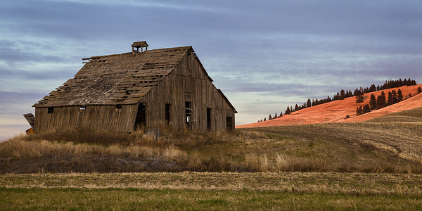 Ladow Barn at Sunset