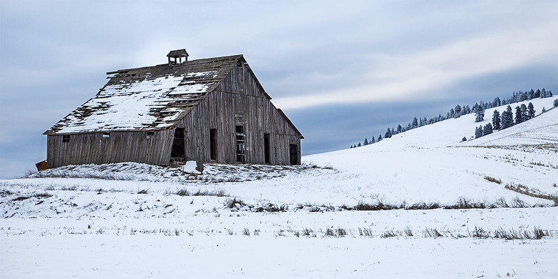 Ladow Butte and Barn, Winter