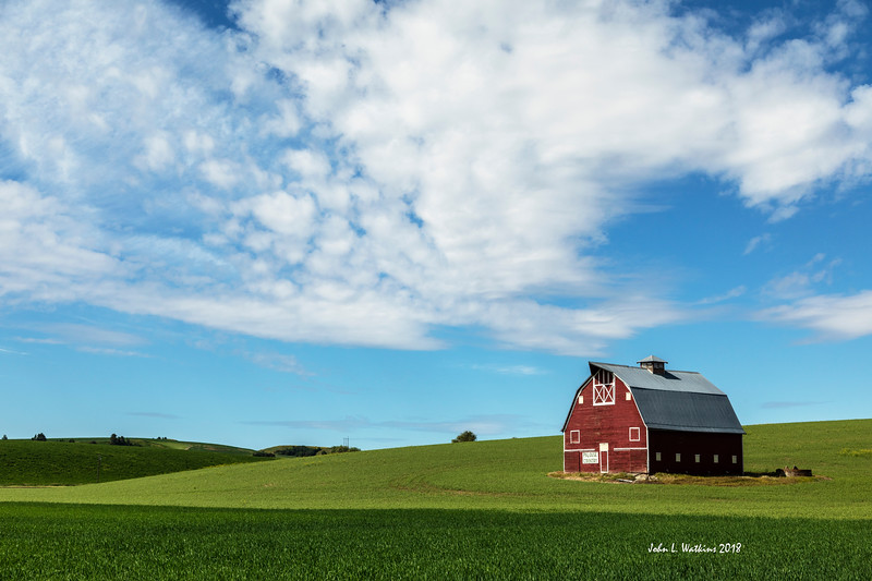 Classic Palouse Country Barn