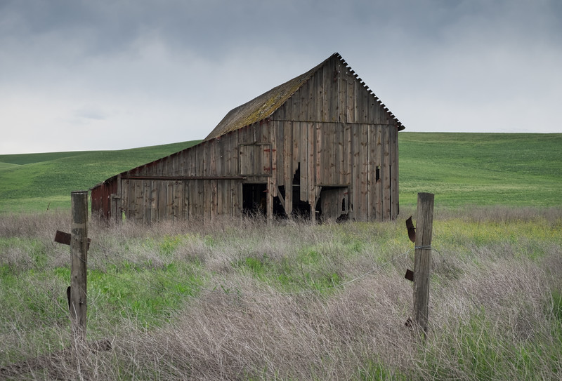 Abandoned barn - The Palouse, Washington