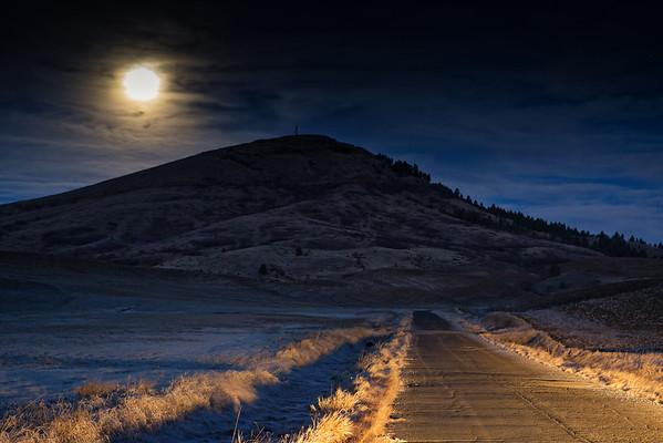 Moon on the Palouse