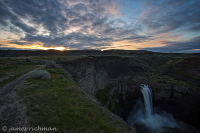 April 4-5 (Palouse Falls) 386-Edit