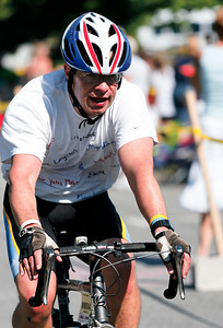 018_PMC2007_Family_Finish