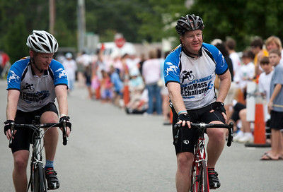 0153_PMC2009_Family_Finish