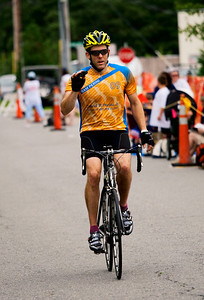 0031_PMC2009_Family_Finish