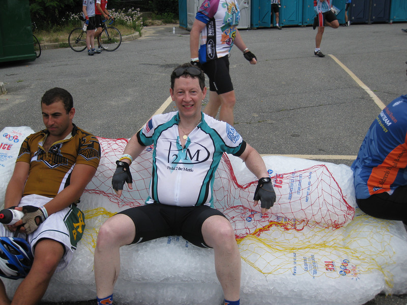 Ahhh, the ice chair at the Wellfleet water stop. It's amazing how good this feels after 160 miles of riding!