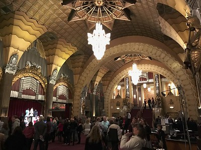 The Pantages Theatre played host to the Academy Awards presentation from 1950-1960.