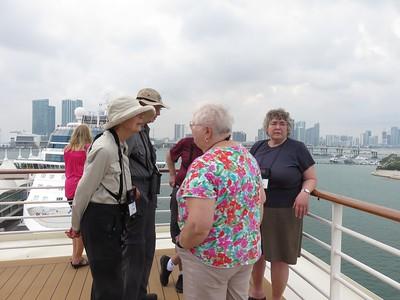 Helen & Hans, Kathy & Elma