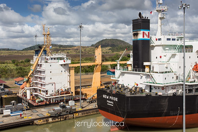 Ships in Miraflores Locks