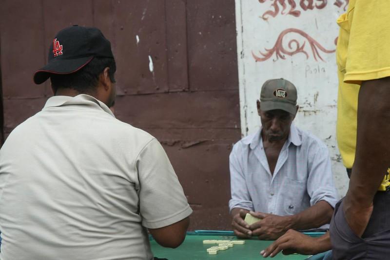 Ciudad De Panamá Playing Dominoes