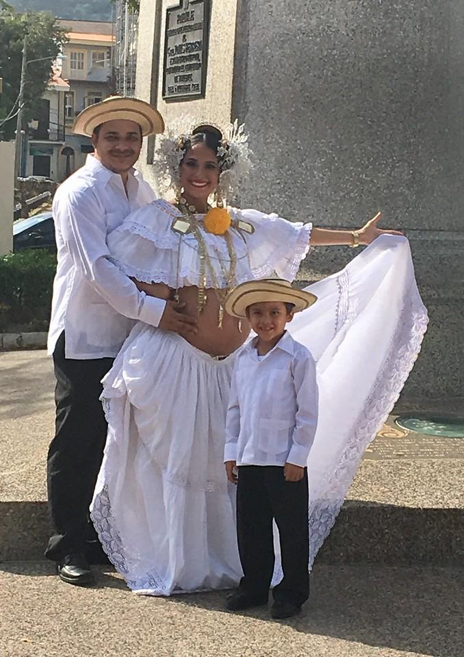 Family pics, Panama style.