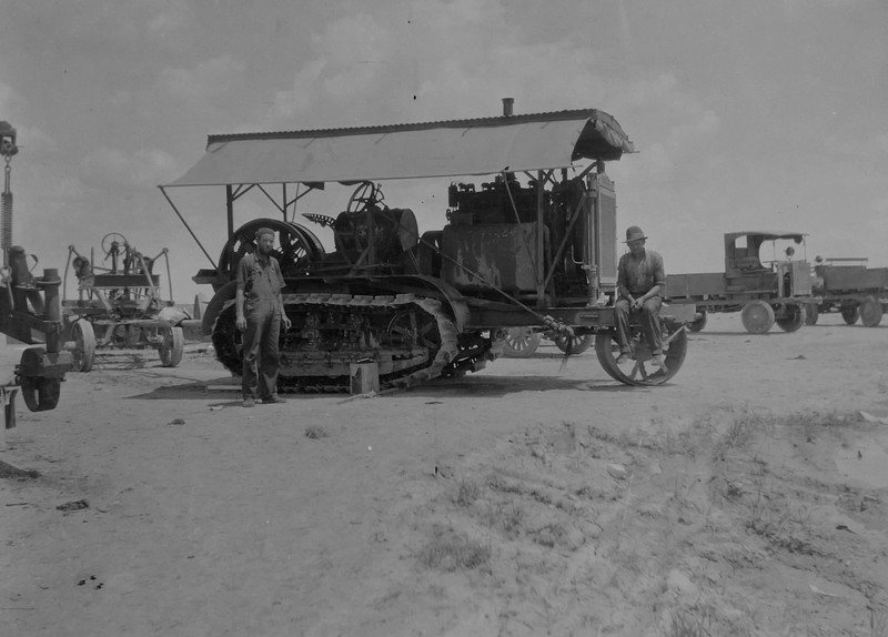 Holt 120hp tractor.