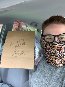 Caroline Picks Up Volunteer-Made Masks For Staff