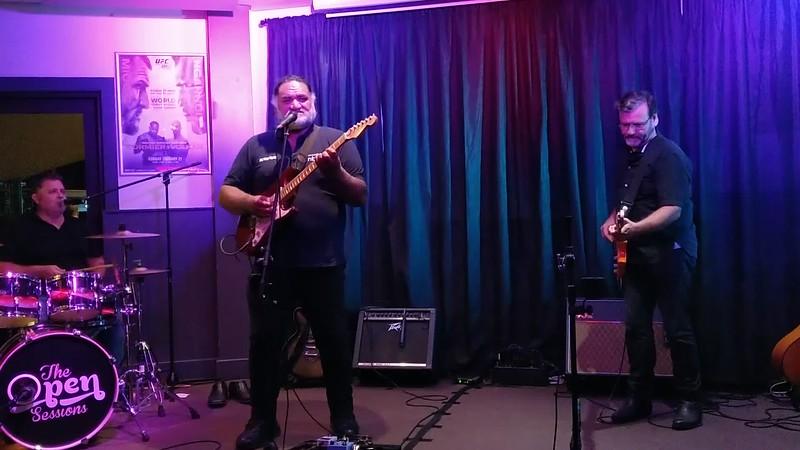 Jimmy's Open Mic<br> Donny Te Hemara<br> Barry<br>