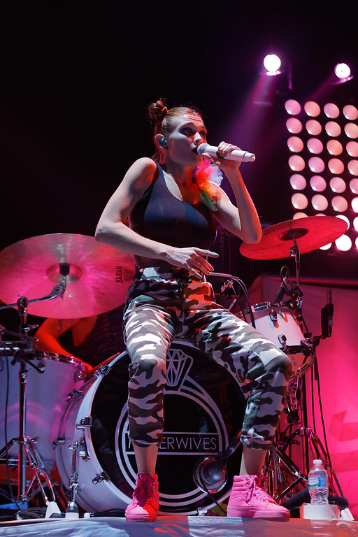 . MisterWives live at The Palace Of Auburn Hills  on 3-10-2017. Photo credit: Ken Settle