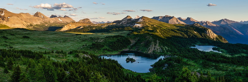 Hiking from Sunshine Village in the waning light of the day was a magical experience. The views of Rock Isle and Larix Lakes made a memorable end of the day.