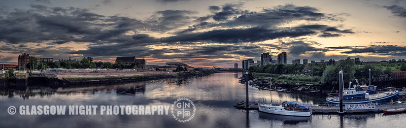 Looking down the Clyde from Partick