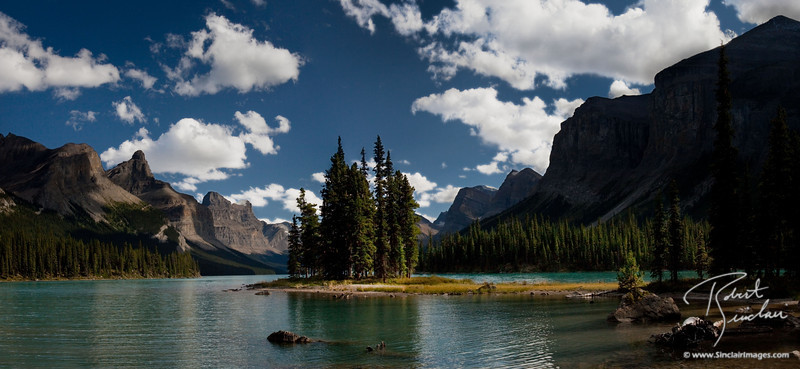 Spirit Island in Maligne Lake, Jasper National Park, Alberta Canada