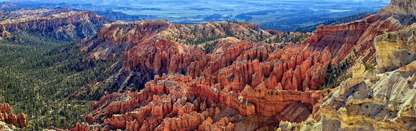 Bryce Point looking East - Bryce National Park - Utah