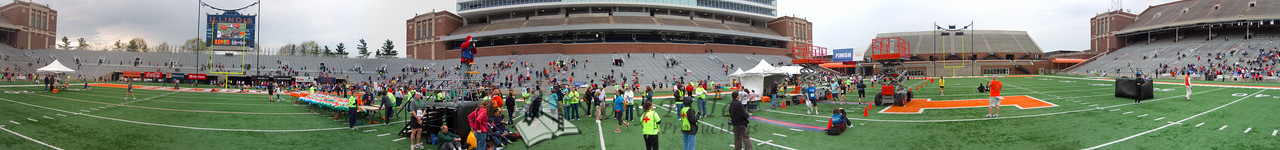 p113-1-p113-8half  Finish Time 1:44:39 Illinois Marathon 2011 Memorial Stadium Finish Line