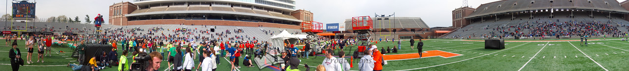 p120-1-p120-8half  Finish Time 2:07:33 Illinois Marathon 2011 Memorial Stadium Finish Line