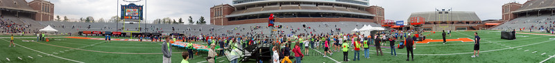 p103-1-p103-8half  1:22:39 Illinois Marathon 2011 Memorial Stadium Finish Line
