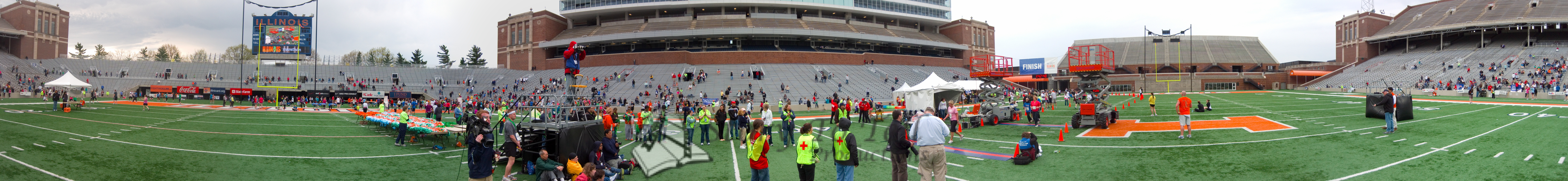 p112-1-p112-8half  Finish Time 1:42:48 Illinois Marathon 2011 Memorial Stadium Finish Line