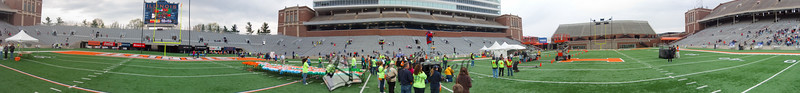 p94-1-p94-8half.jpg  Illinois Marathon 2011 Memorial Stadium Finish Line