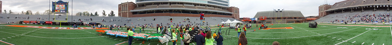 p96-1-p96-8half.jpg  Illinois Marathon 2011 Memorial Stadium Finish Line