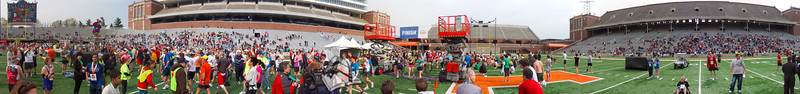 p140-1-p140-8half  Finish Time 2:25:18 Illinois Marathon 2011 Memorial Stadium Finish Line
