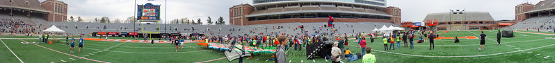 p98-1-p98-8half.jpg  Illinois Marathon 2011 Memorial Stadium Finish Line