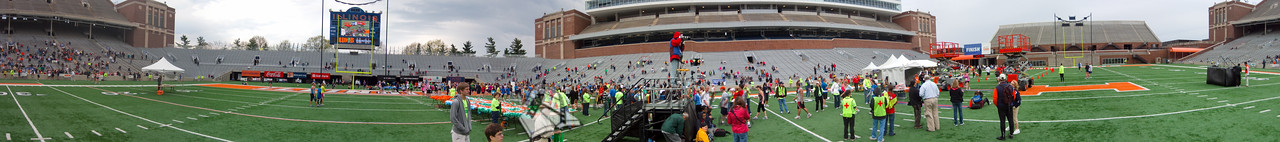 p110-1-p110-8half  1:25:42 Illinois Marathon 2011 Memorial Stadium Finish Line