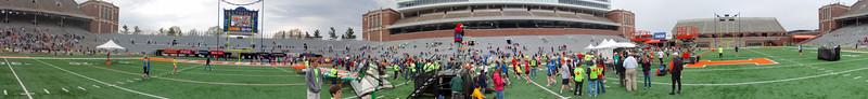 p109-1-p109-8half  Finish Time 1:25:25 Illinois Marathon 2011 Memorial Stadium Finish Line