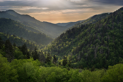 || The Great Smoky Mountains Light Show ||