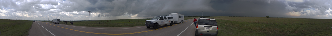 Univ of CO and FL Vortex II stormchasers in OK
