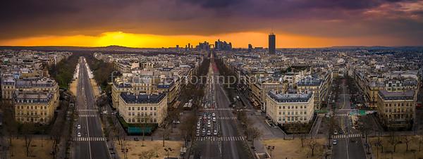 Sunset on the Défense at Paris