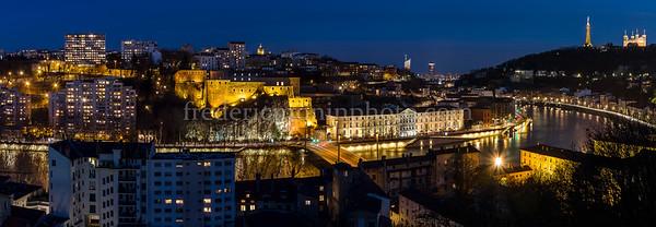 Lyon and Saône by night ....