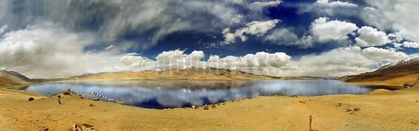 P10:180 degrees view of Tso Moriri, Ladakh