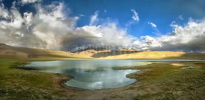 P14:Tso Kiagar lake on the way to TsoMoriri, ladakh