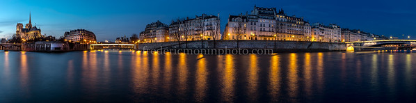 Blue Hour on the islands of Paris ...