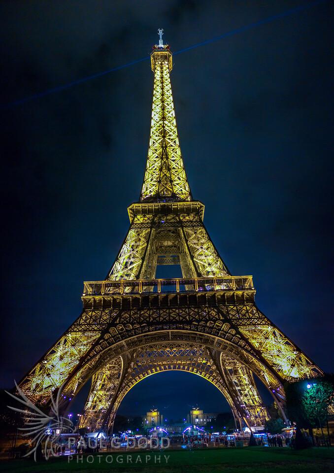 Vertical panorama of La Tour Eiffel, Paris
