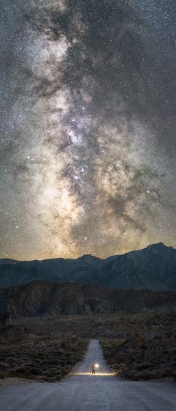 Alabama hills movie road selife under the Milky Way, Eastern Sierras