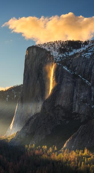 Firefall sunset Panorama, Yosemite National Park