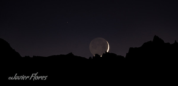 Pano of Setting of Waxing Crescent moon over Mt Whitney