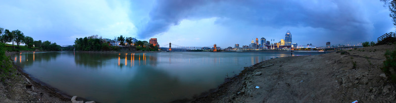 Rainy Cincy<br /> (Apr 20) The rain was coming in on the city and me as I ran down to take my panoramic of the day.  Took this from a slightly different spot than the normal look from James Taylor Park in Newport.