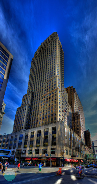 Carew Tower<br /> (Jun 12)  An hdr after dinner downtown of Carew Tower.  I just always love the way this great Art Deco building appears in hdr.  3 shot hdr by 6 shot panoramic.
