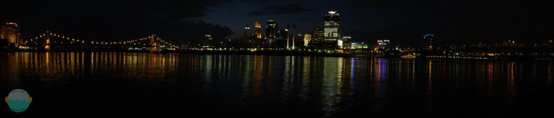 Darkness<br /> After civil and nautical twilight the city is fully lite up.  Looking out north at Cincy from the shores of James Taylor Park.