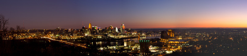 Christmas<br /> Sunrise with the city aglow in Christmas lights and colors of Cincinnati.