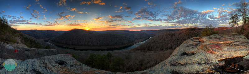 Buzzard Rock Overlook<br /> A look out over the Big South Fork River in southern Kentucky.  About a 220-250° view.